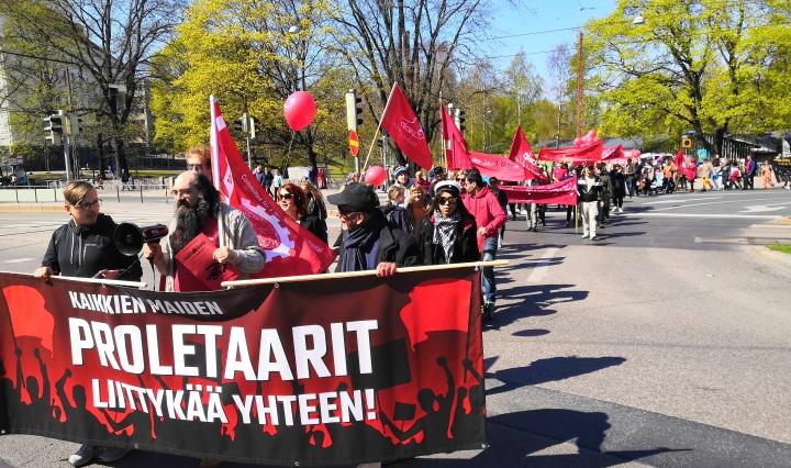 Proletaarit marssimassa vappuna 2019.